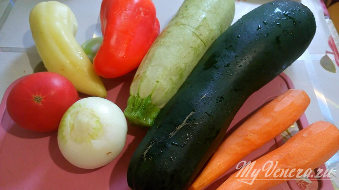 Овощная запеканка из кабачков